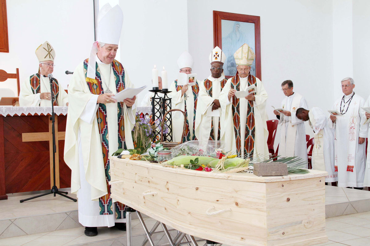 Funeral-Mass-of-Maria-'Domitilla'-Hyams-née-Rota-held-at-LITTLE-EDEN-Elvira-Rota-Village-Chapel-of-the-Holy-Family-in-2011