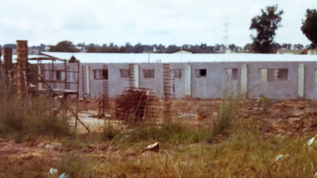LITTLE-EDEN-Edenvale-Home-under-construction-ca-1975
